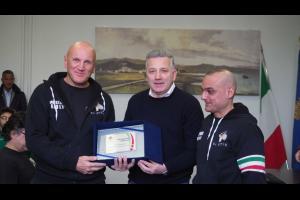 Premiazione Fight Club da parte del sindaco della Spezia P. Peracchini
